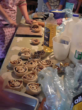 Breadmaking By Hand @ Greystoke Cycle Cafe (inc Chelsea Buns !)